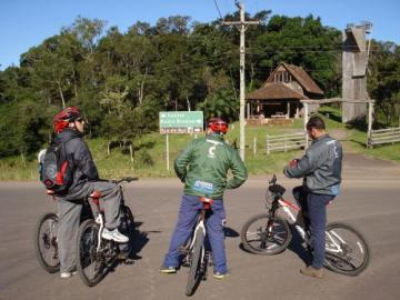 Passeio de Bike descida Serra do Faxinal \ Praia Grande - SC. (Mountain Bike)
